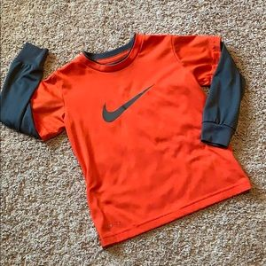 Nike Dr-fit boys long sleeve shirt size 4